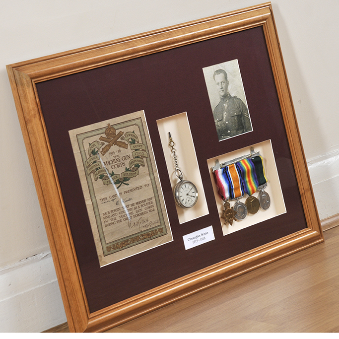 medals framing world war 2081914-7 (1)